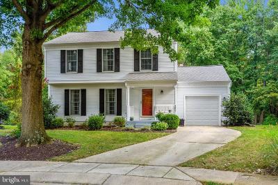 Annapolis Single Family Home For Sale: 304 Riding Ridge Road