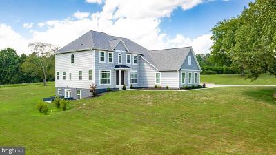 Davidsonville Single Family Home For Sale: 3318 Royale Glen Avenue