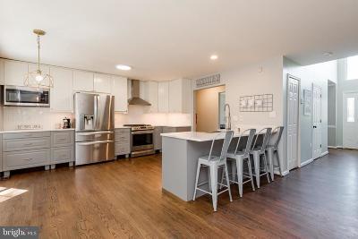 Pasadena Single Family Home For Sale: 8111 Sagamore Way