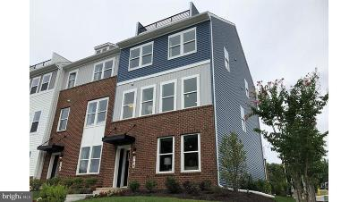 Edgewater Townhouse For Sale: 406 Lightship Landing Way