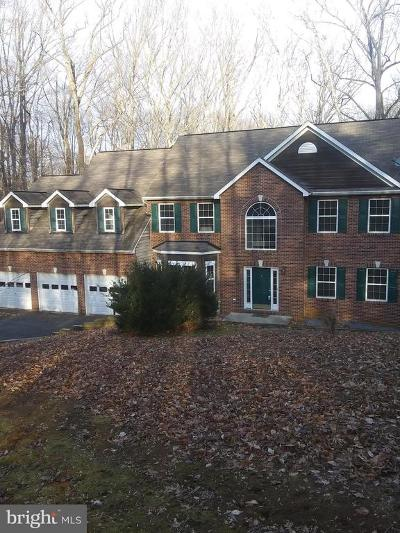 Annapolis Single Family Home For Sale: 528 Powell Drive