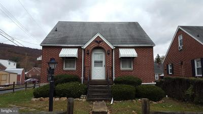 Cumberland Single Family Home For Sale: 11616 Poplar Avenue