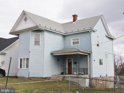Frostburg Single Family Home For Sale: 164 College Avenue