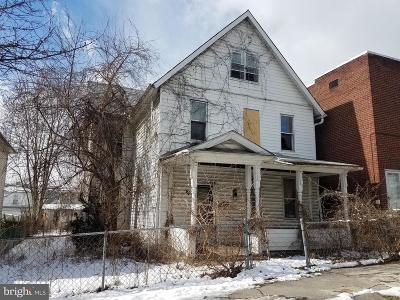 Cumberland Multi Family Home For Sale: 111 Pennsylvania Avenue