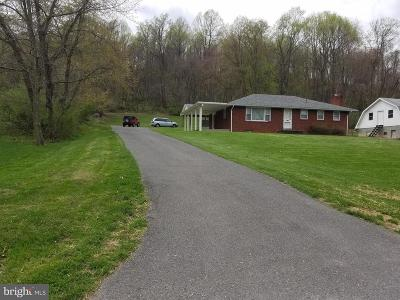 Cumberland MD Single Family Home For Sale: $159,000