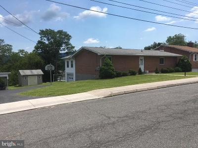 Cumberland MD Single Family Home For Sale: $150,000