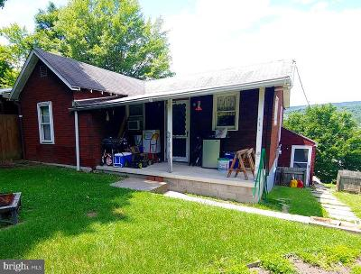 Cumberland MD Single Family Home For Sale: $69,900