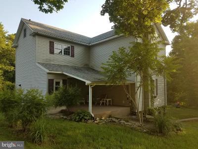 Frostburg Single Family Home For Sale: 19006 Sloan Avenue