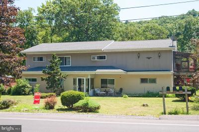 Cumberland Multi Family Home For Sale: 1076 Braddock Road