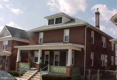 Cumberland Multi Family Home For Sale: 211 Pennsylvania Avenue