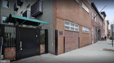 Baltimore City Rental For Rent: 724 Wolfe Street S #3B