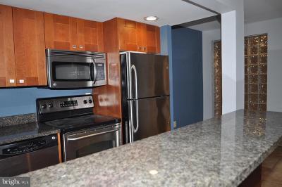 Mount Vernon Condo For Sale: 216 W Monument Street W #T-F