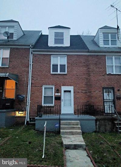 Belair - Edison Townhouse For Sale: 3228 Lake Avenue
