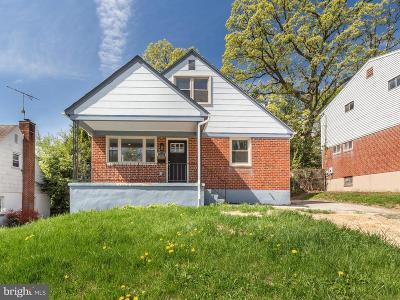 Hamden, Hamilton, Hamilton Area, Hamilton-Lauraville, Hamilton/Parkville, Hamilton/Rosemont East, Hamiltowne Single Family Home For Sale: 2915 Bayonne Avenue