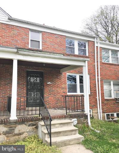 Baltimore Townhouse For Sale: 738 E Cold Spring Lane
