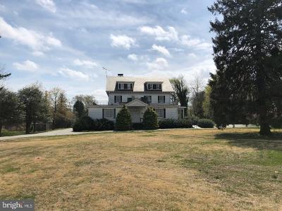 Baltimore Single Family Home For Auction: 5311 Edmondson Avenue
