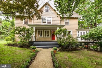 Baltimore Single Family Home For Sale: 300 Goodwood Garden