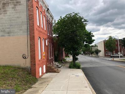 Baltimore Townhouse For Auction: 17 S Pulaski Street