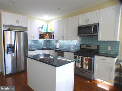 Baltimore Townhouse For Sale: 156 N Luzerne Avenue