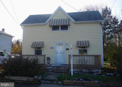 Baltimore Single Family Home For Sale: 129 Winters Lane