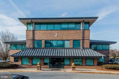 Baltimore County Condo For Sale: 2 Park Center Court #4