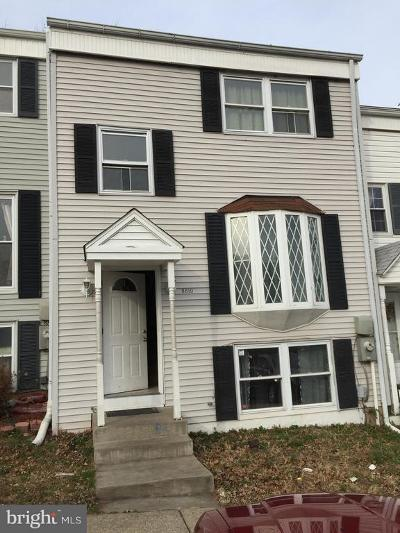 Baltimore County Townhouse For Sale: 8810 Pennsbury Place