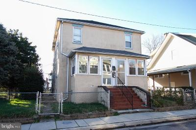 Single Family Home For Sale: 215 Cleveland Avenue