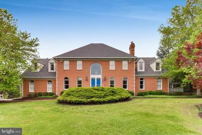 Single Family Home For Sale: 30 Glenberry Court