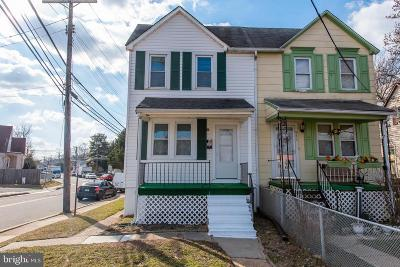 Essex Single Family Home For Sale: 913 Old Eastern Avenue