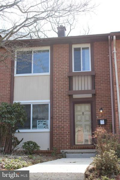 Baltimore Townhouse For Sale: 3 Bideford Court
