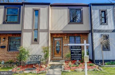 Baltimore Townhouse For Sale: 66 Helmsman Court