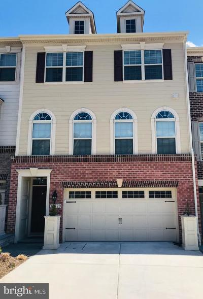 Sparks MD Townhouse Under Contract: $520,000