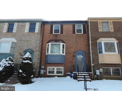 Townhouse For Sale: 61 Cherrywood Court