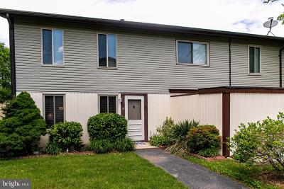 Baltimore County Condo For Sale: 18 King Henry Circle