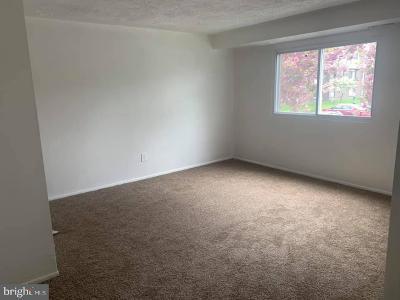 Baltimore County Condo For Sale: 12009 Tarragon Road #E