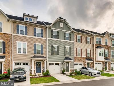 Dundalk Townhouse For Sale: 8207 Seaworthy Way