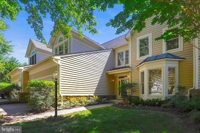 Baltimore County Townhouse For Sale: 6 Sawgrass Court
