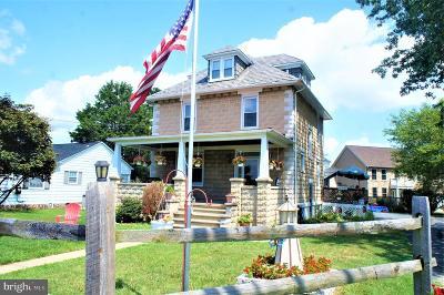 Single Family Home For Sale: 4608 Ridge Road