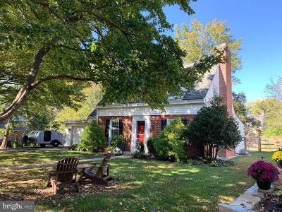 Baltimore Single Family Home For Sale: 109 La Paix Lane