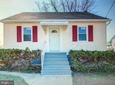 Halethorpe Single Family Home For Sale: 2205 Smith Avenue
