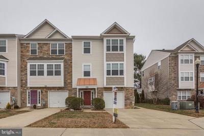 Prince Frederick Townhouse For Sale: 592 Burr Oak Court