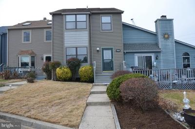 Chesapeake Beach Townhouse For Sale: 7842 C Street Street