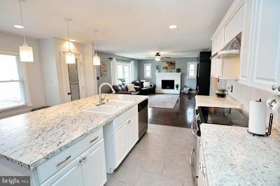 Prince Frederick Single Family Home For Sale: 156 Rachaels Way