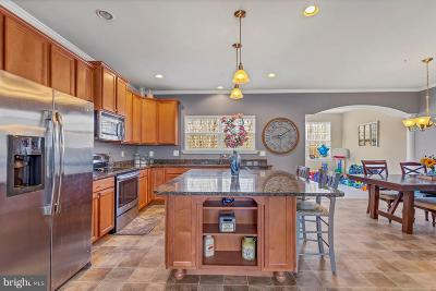 Calvert County Townhouse For Sale: 468 English Oak Lane