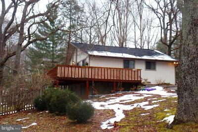 Lusby Single Family Home For Sale: 11105 Sitting Bull Circle