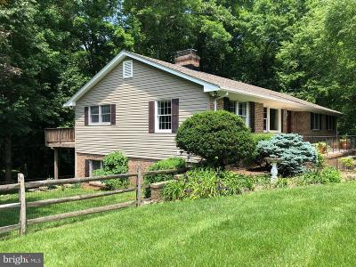 Huntingtown Single Family Home For Sale: 1555 Stoneleigh Court