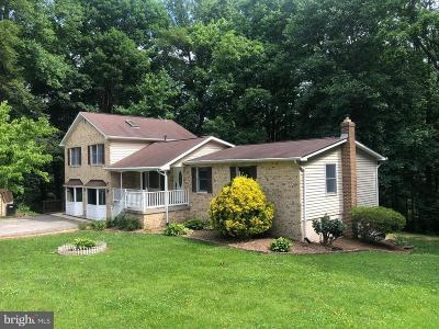 Charles County, Calvert County, Saint Marys County Single Family Home For Sale: 1800 Bright Lane