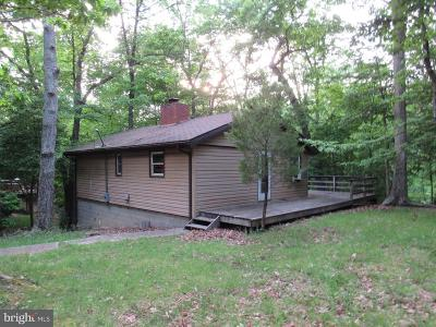 Calvert County, Saint Marys County Single Family Home For Sale: 12171 Bonanza Trail
