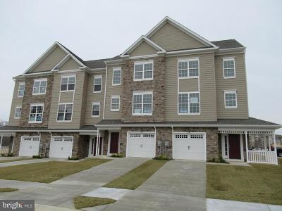 Prince Frederick Townhouse For Sale: 51 Clydesdale Lane