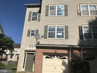 Anne Arundel County, Calvert County, Charles County, Prince Georges County, Saint Marys County Townhouse For Sale: 525 Bridgeport Place